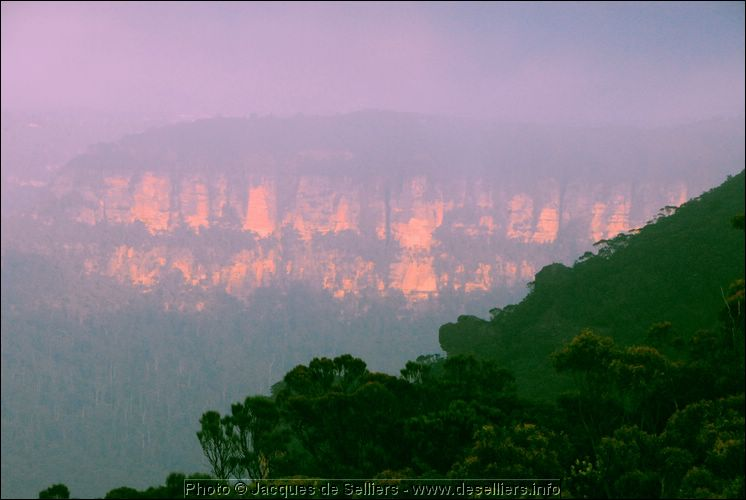 js0_6250-m0-blue-mountains-sydney.jpg